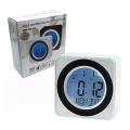 DS-3616 Бял часовник с компактен, елегантен дизайн и вклюване на