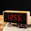 Настолен правоъгълен часовник с бамбуков цвят, звуков сензор, те